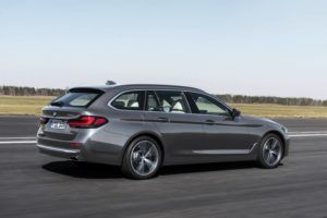 Renting bmw serie-5-touring