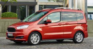 Renting ford tourneo-courier