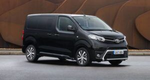Renting toyota proace-verso